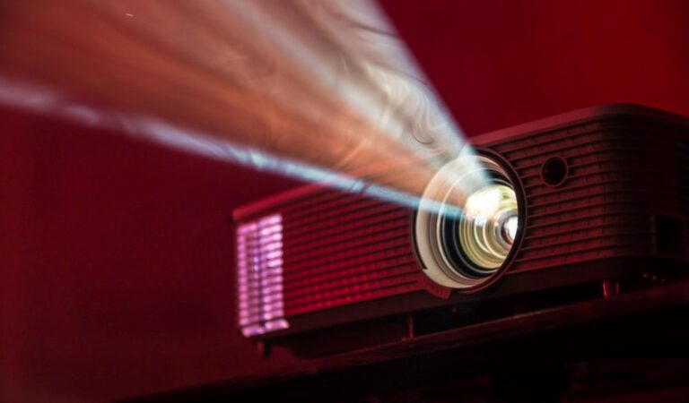 Buying Guide Process for the Best Projector Under 500