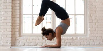 5 health benefits of yoga, backed by research