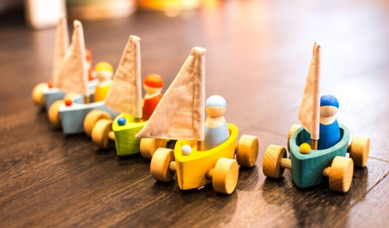 8 Reasons Why You Need to Buy Your Child a Wooden Toy