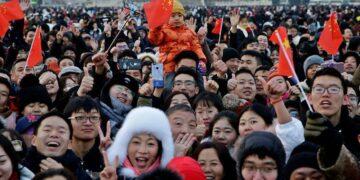 चीन की जनसंख्या कितनी है